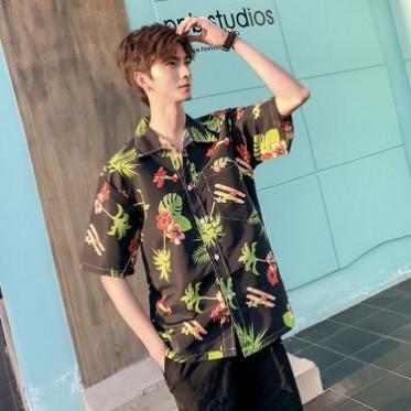 夏威夷海滩度假薄款短袖沙滩衬衫男宽松大码网红潮流帅气印花衬衣