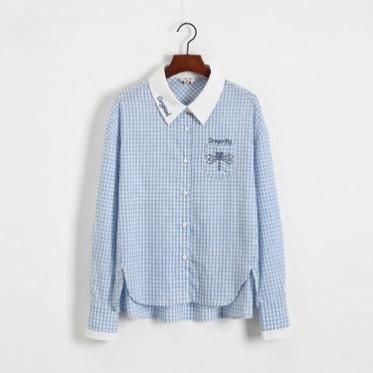 2019春装新款蜻蜓绣花日系学院风蓝白格子长袖衬衫女上衣